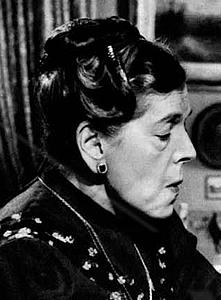 Per la serie Refusi umani: il ministro Elsa Fornero. (Con tante scuse a Tina Pica, che da grande attrice fingeva soltanto di essere come la Fornero). - Fornero_Pica_4